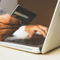 Pronostican disminución en las ventas de comercio electrónico minorista en el mundo