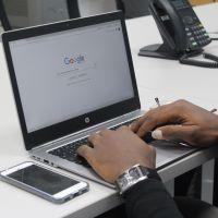 Personas con discapacidad pueden optar por un empleo en Google Brasil