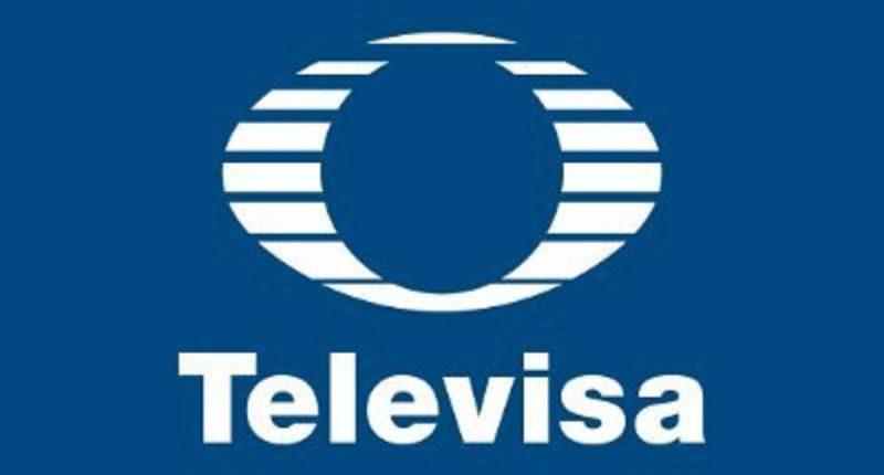 Televisa apuesta por el podcast para expandir su audiencia: unió fuerzas con reVolver Podcasts
