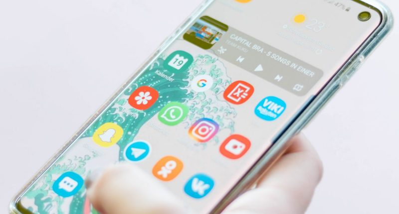 Signal App WhatsApp Descargas Unsplash