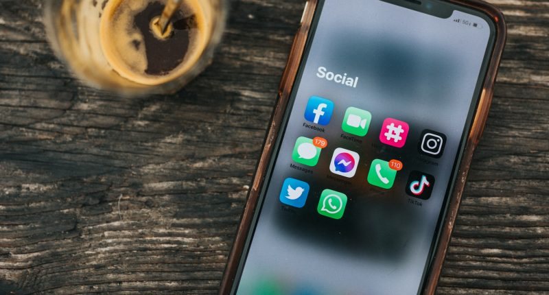 TheSoul 5-Minute Crafts Marketing Redes Sociales Facebook, Snapchat YouTube TikTok Unsplash