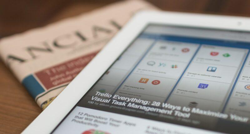 Plataformas Digitales Pagos a Medios de Comunicación España Facebook y Google Unsplash
