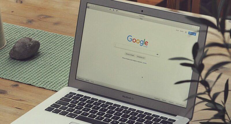 Busqueda de Google Campañas de Marketing Unsplash