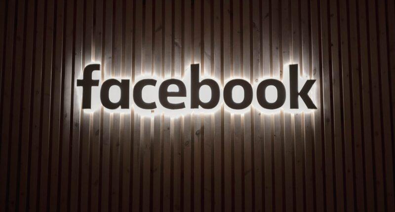 Facebook Ingresos Actualizacion Apple iOS 14.5 Unsplash