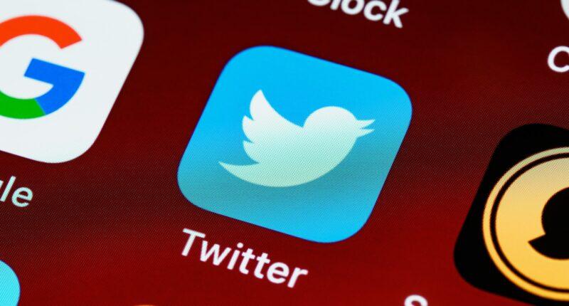 Twitter Spaces Conversaciones de Audio Redes Sociales Unsplash