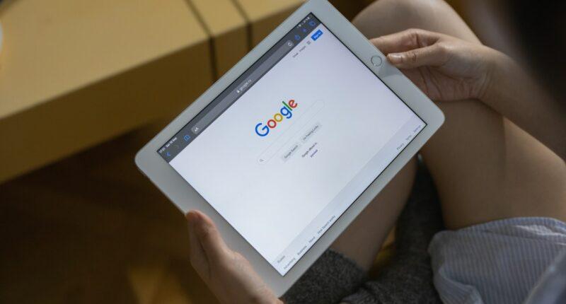 Google Etiqueta Fuente Segura Contenido en Tendencia Pexels