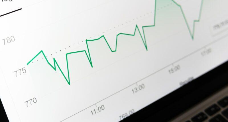 Inversion en Marketing Plataformas Digitales Podcasts Television Conectada Unsplash