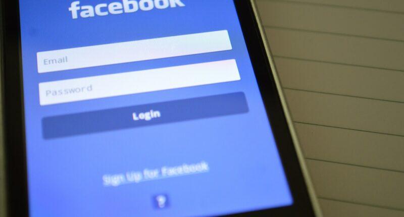Facebook Redes Sociales Marketing Orientacion Contextual Pexels