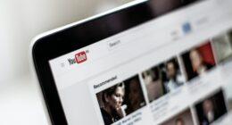YouTube Plataformas Digitales Estrategias de Marketing Unsplash